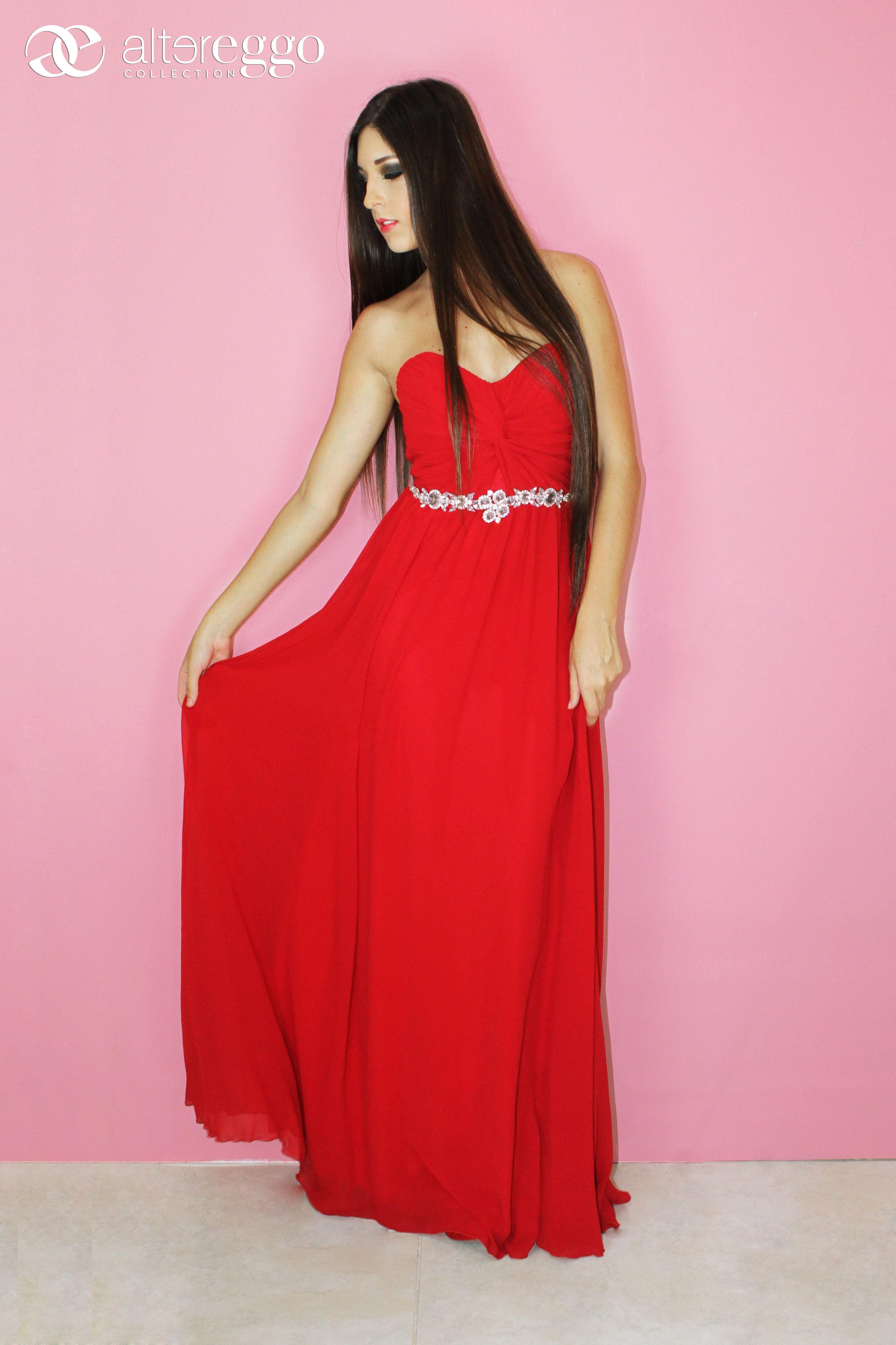 Vestido #rojo #pasion #strapless #escote #corazon #vaporoso ...