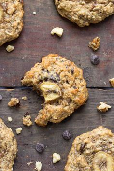 The ULTIMATE breakfast cookie using quinoa flakes, banana, peanut butter and chocolate chips -- they taste like chunky monkey ice cream!