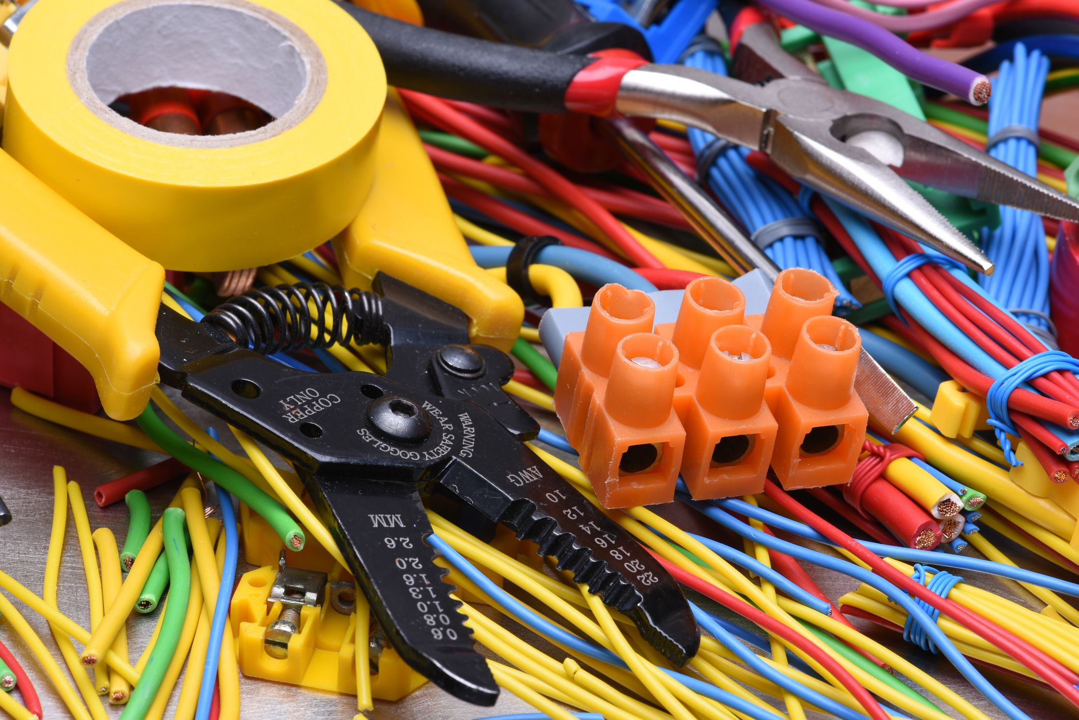 How much do electricians charge? Electrical maintenance