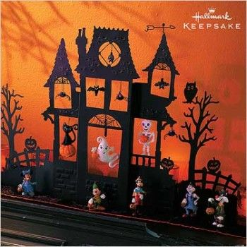 2007 hallmark halloween howl oween house at hooked on hallmark ornaments - Hallmark Halloween Decorations