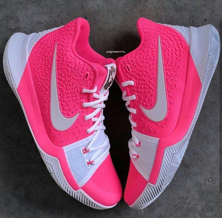 8bfce88fc647 Nike Kyrie Irving 3 s
