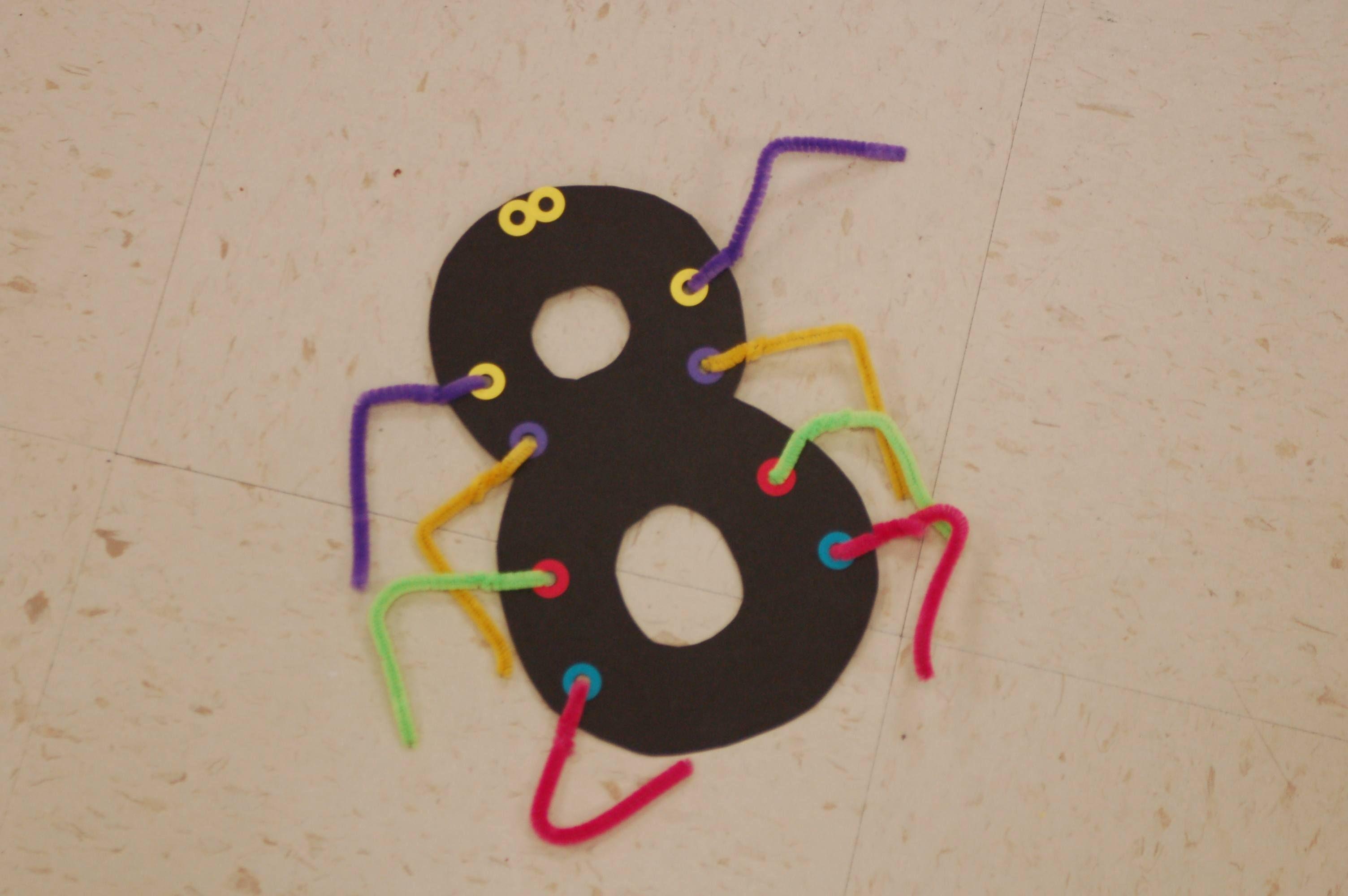 Number 8 Spider Octobercrafts Number 8 Spider Preschool Crafts Spider Crafts October Ideas