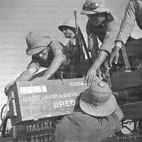 Box of Breda handgranades charged on a 221a Black Shirts Legion truck. Note that the Legion was equipped of US Ford trucks. Italo-Ethiopian war. DVX
