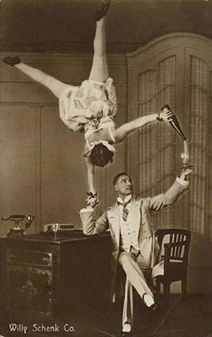 Baron's Ball Vaudeville Circus Performers: how to properly drink wine