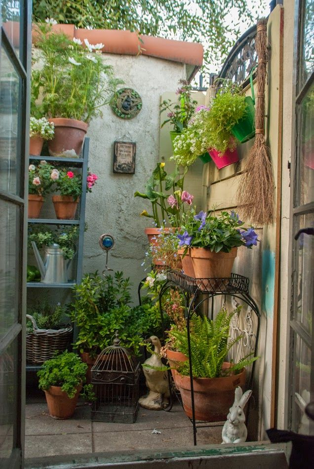 the magic garden my small space container garden hello secret garden garden pinterest. Black Bedroom Furniture Sets. Home Design Ideas