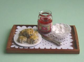 Scones tray By Country Contrast