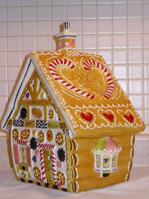 The First, the Best Lighted House Collection - Gingerbread Cookie House
