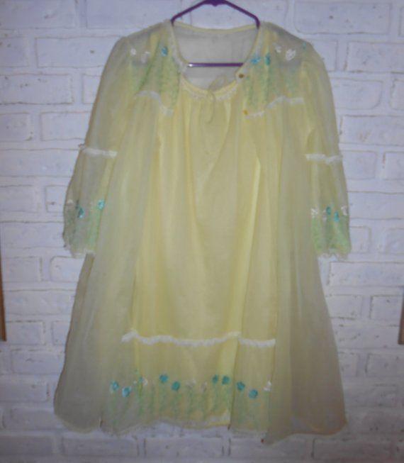 c29a8a4c32 Vintage Yellow Chiffon Peignoir Set Sheer Nylon Negligee Set Gown Robe Nightgown  Nightie Lingerie Em