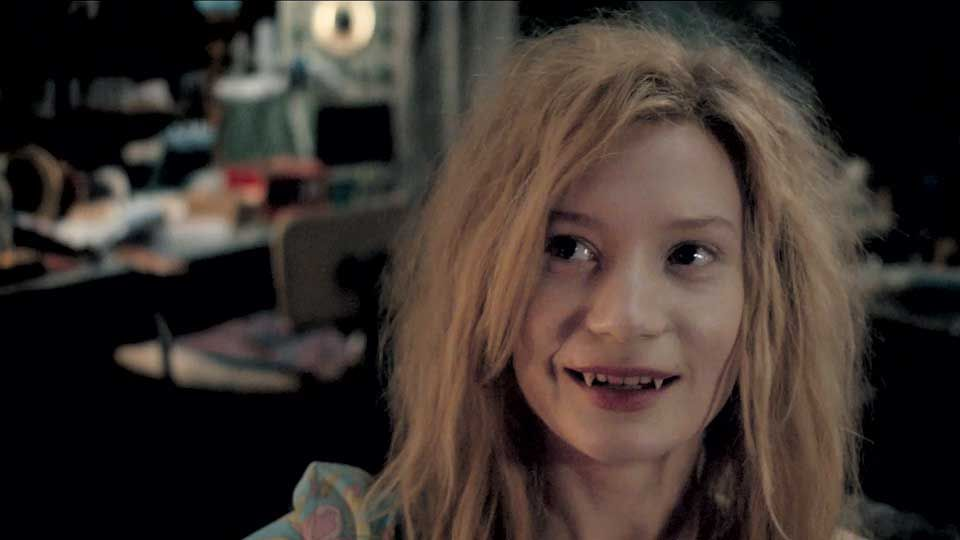 eve only lovers left alive - Google Search