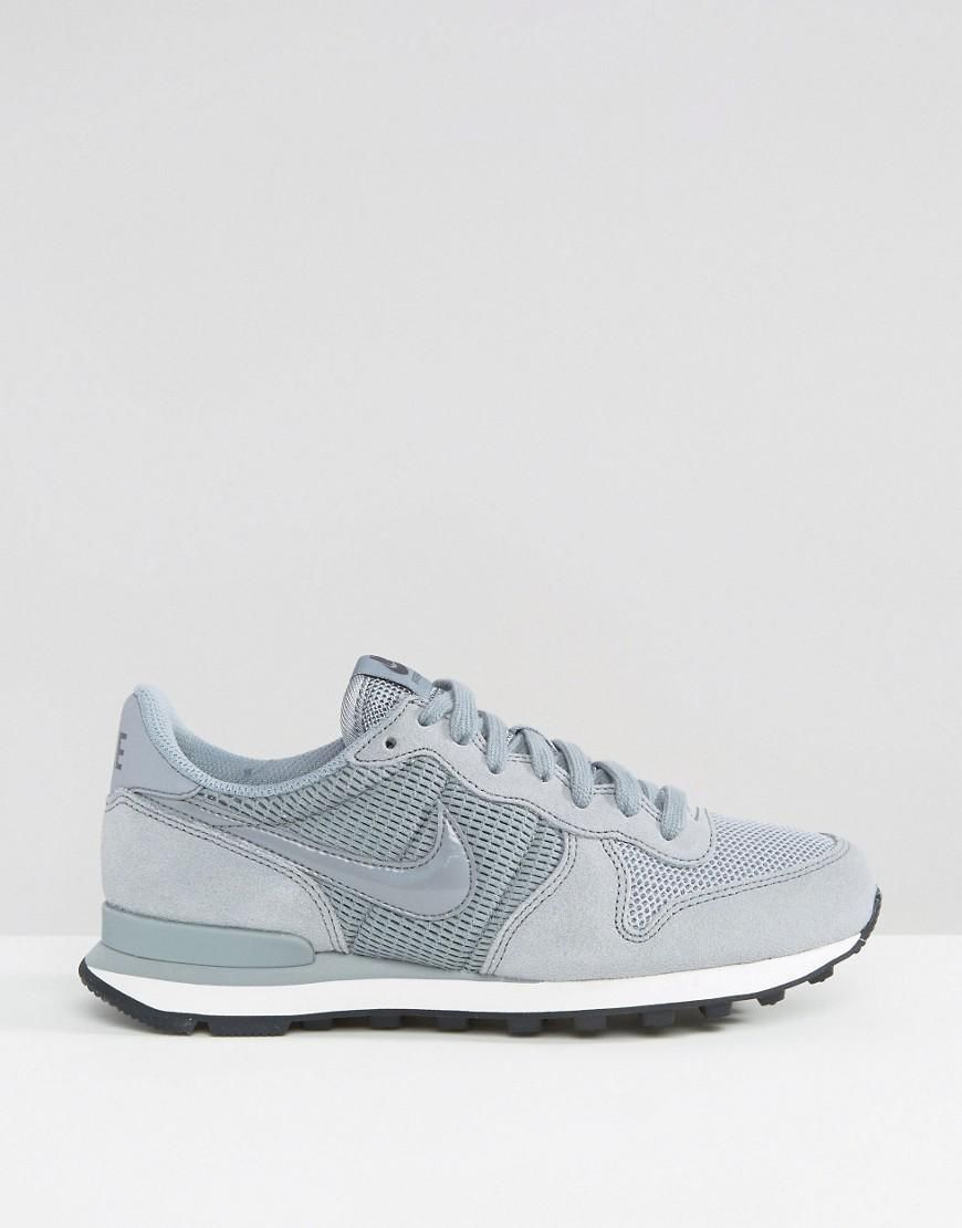 nike internationalist trainers in mushroom with metallic trim nz