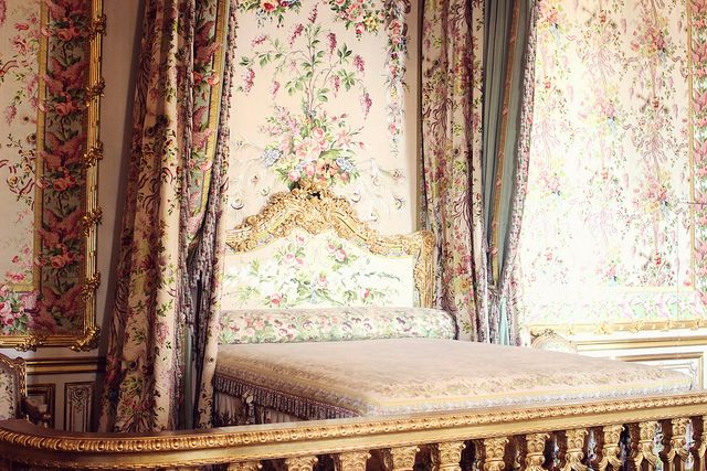 marie antoinette's bedroom, versaille. by Sandra Beijer, via Flickr