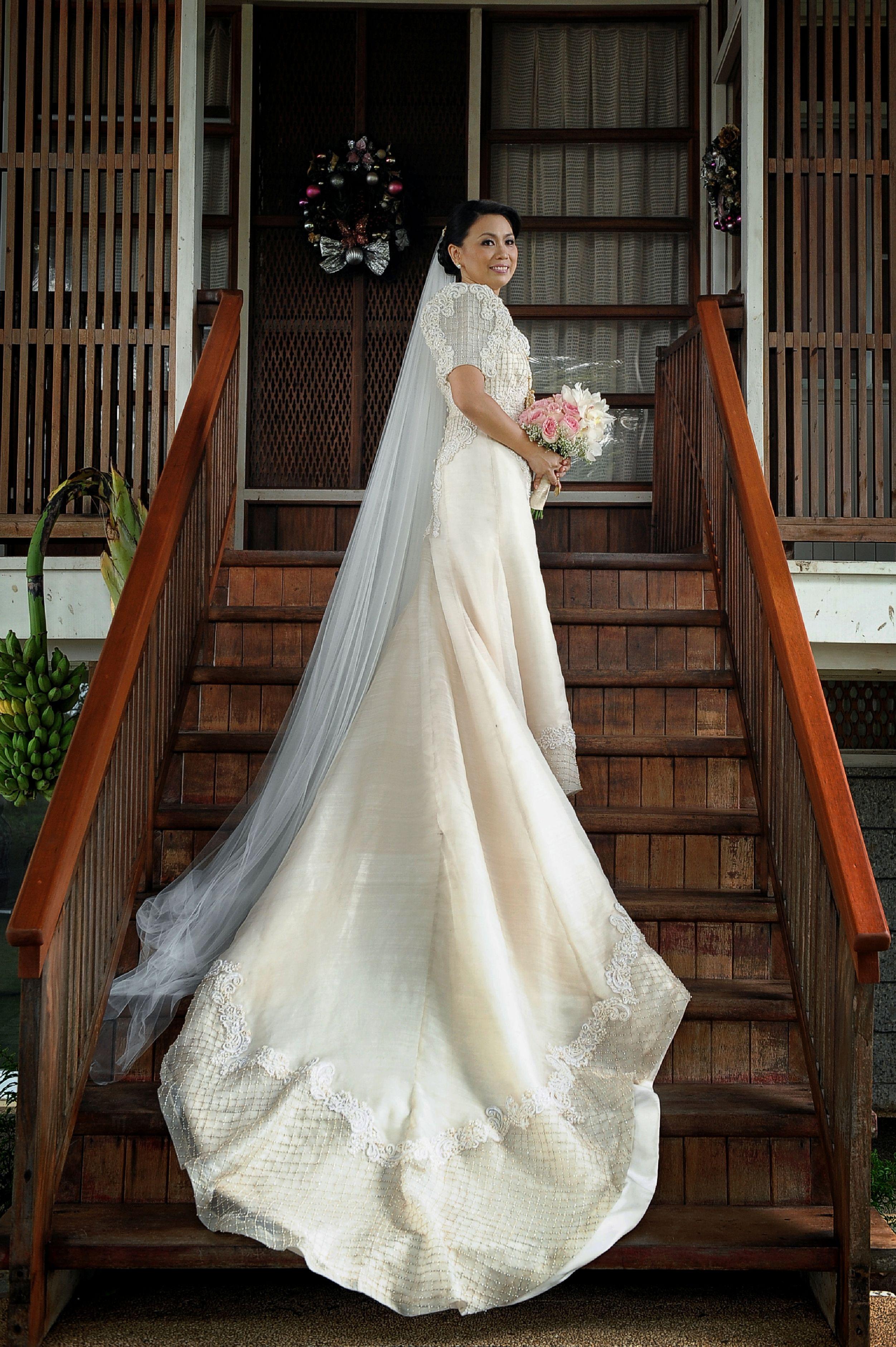 Piña Bridal Gown | Spanish Hacienda Wedding | Pinterest