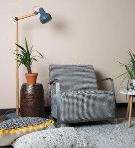 Een fauteuil Adwin van het merk Zuiver. Deze is ook te bestellen via onze webshop