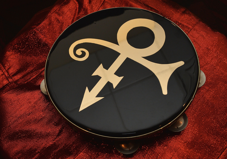 What Did Prince S Symbol Mean It Was Prince Symbol Symbols Prince Musician