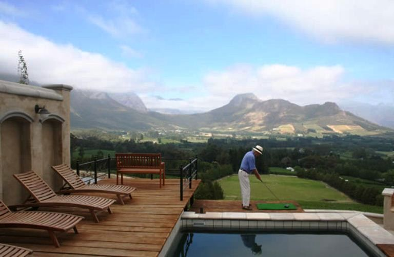 Franschhoek Pass Villa - The Franschooek Pass Villa is a two bedroom, two bathroom luxurious villa situated on the famous Franschhoek Pass. Self-catering accommodation is provided featuring a verandah with magnificent views, a ... #weekendgetaways #franschhoek #southafrica