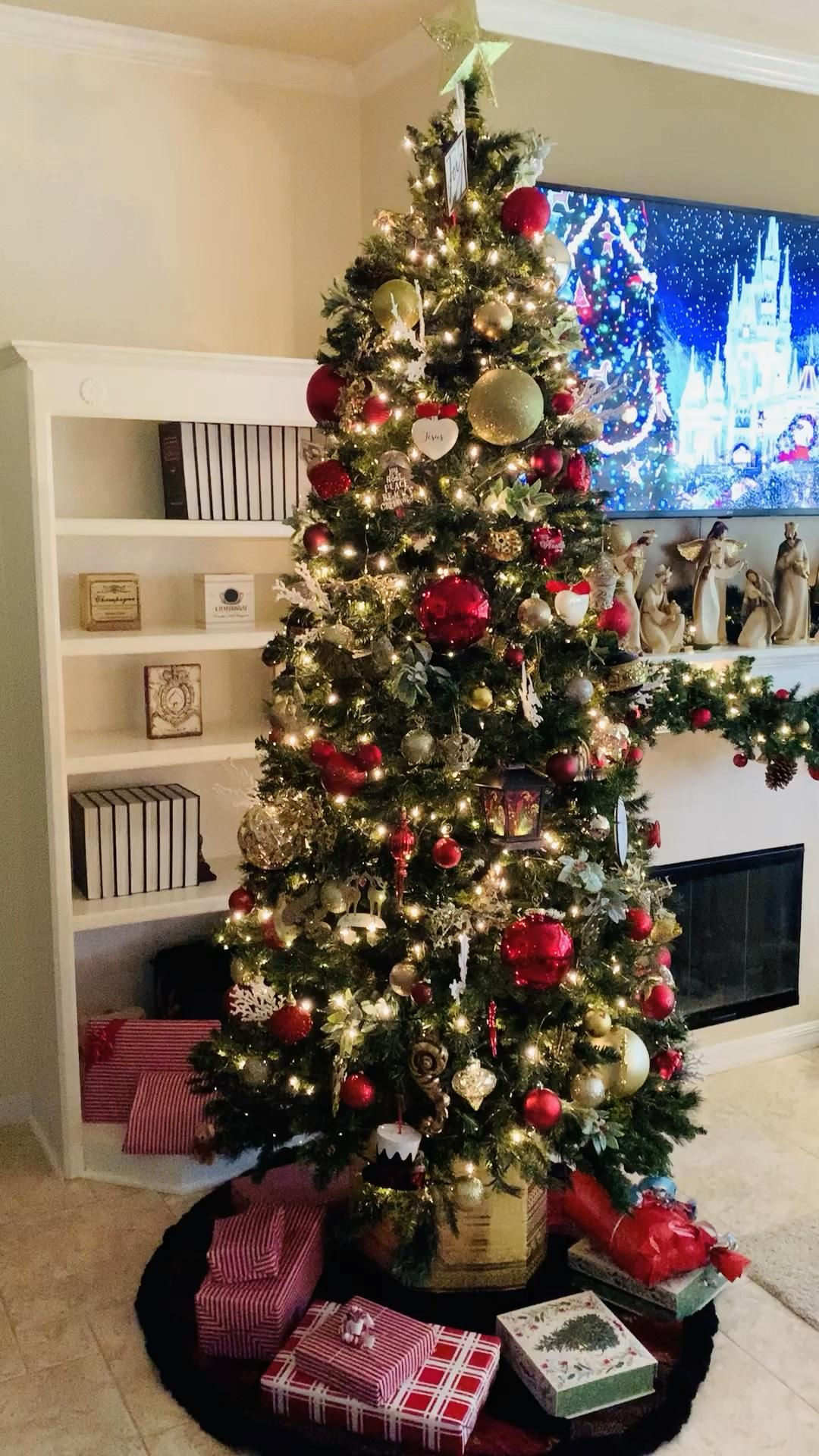 Creative Classic Christmas - Humphrey Estate
