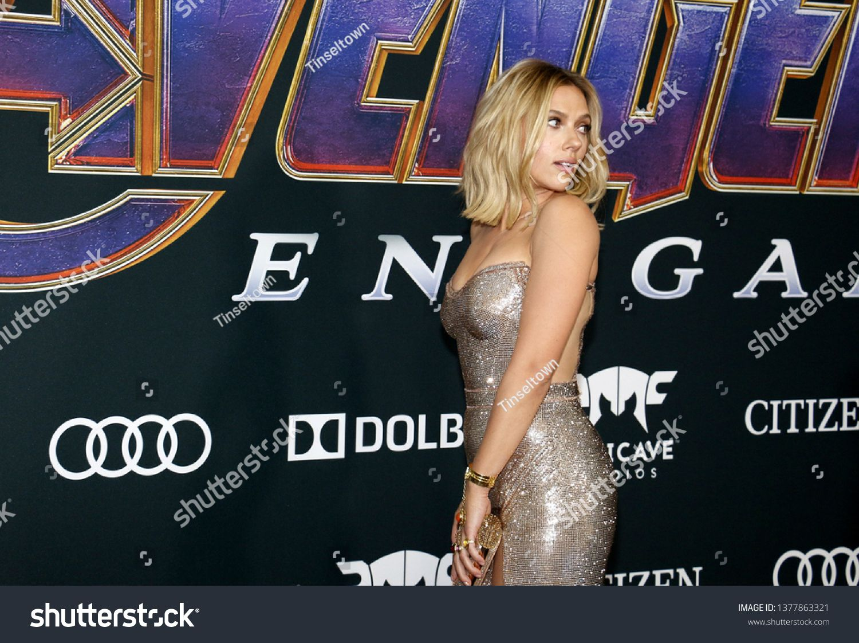 Scarlett Johansson at the World premiere of 'Avengers