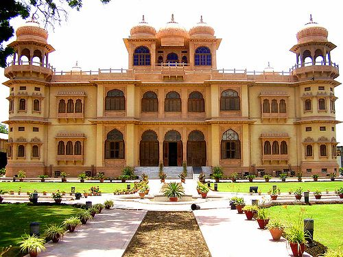 Mohatta Palace Is Located In Karachi Pakistan And Was Built By Shivratan Chandraratan 1927