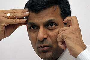 See what are the 5 things RBI Guv Raghuram Rajan said that will make us happy