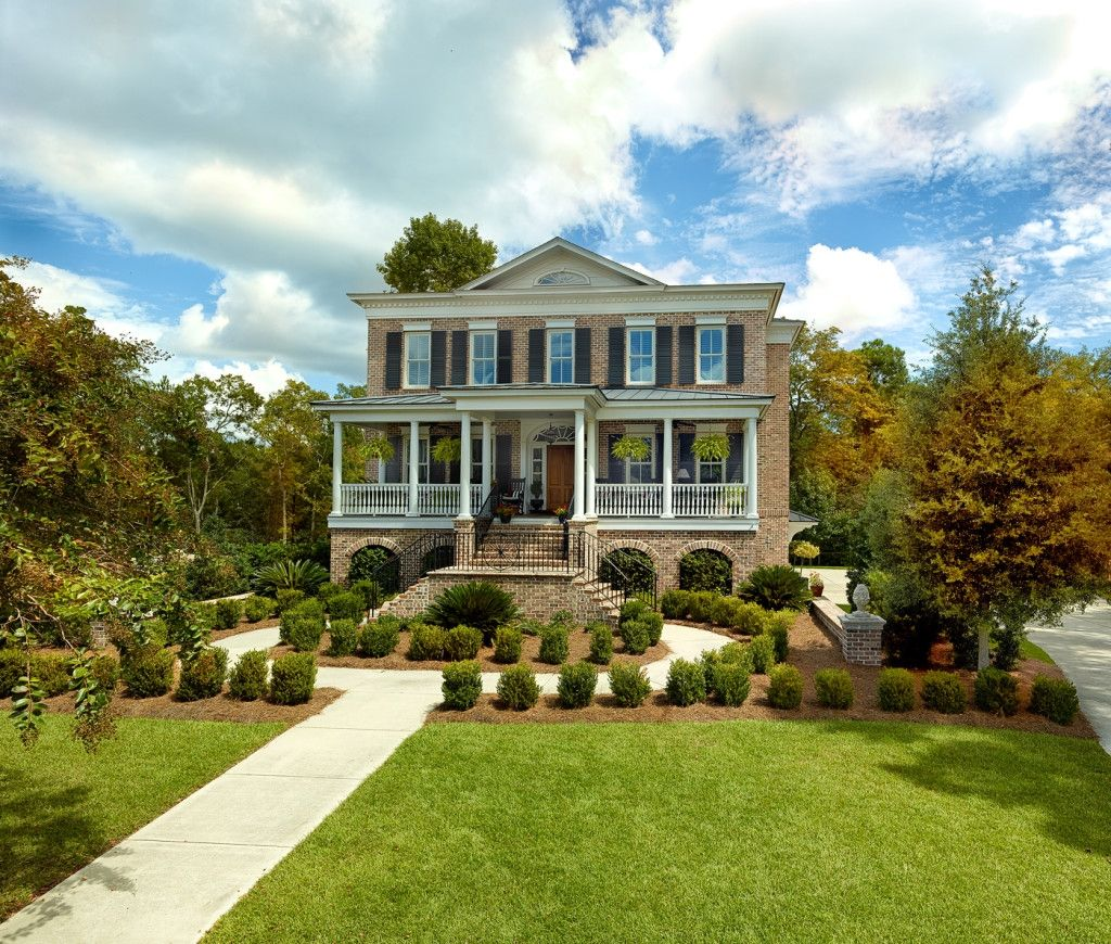 Luxury Brick Homes: Custom Suiter Construction Traditional Elevated Brick Home
