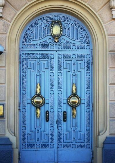 Blue Door Alexandria Egypt Cool Doors Beautiful Doors Entrance Doors