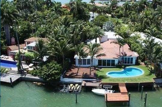 110 Venetian Way Waterfront Homes Roofing Companies