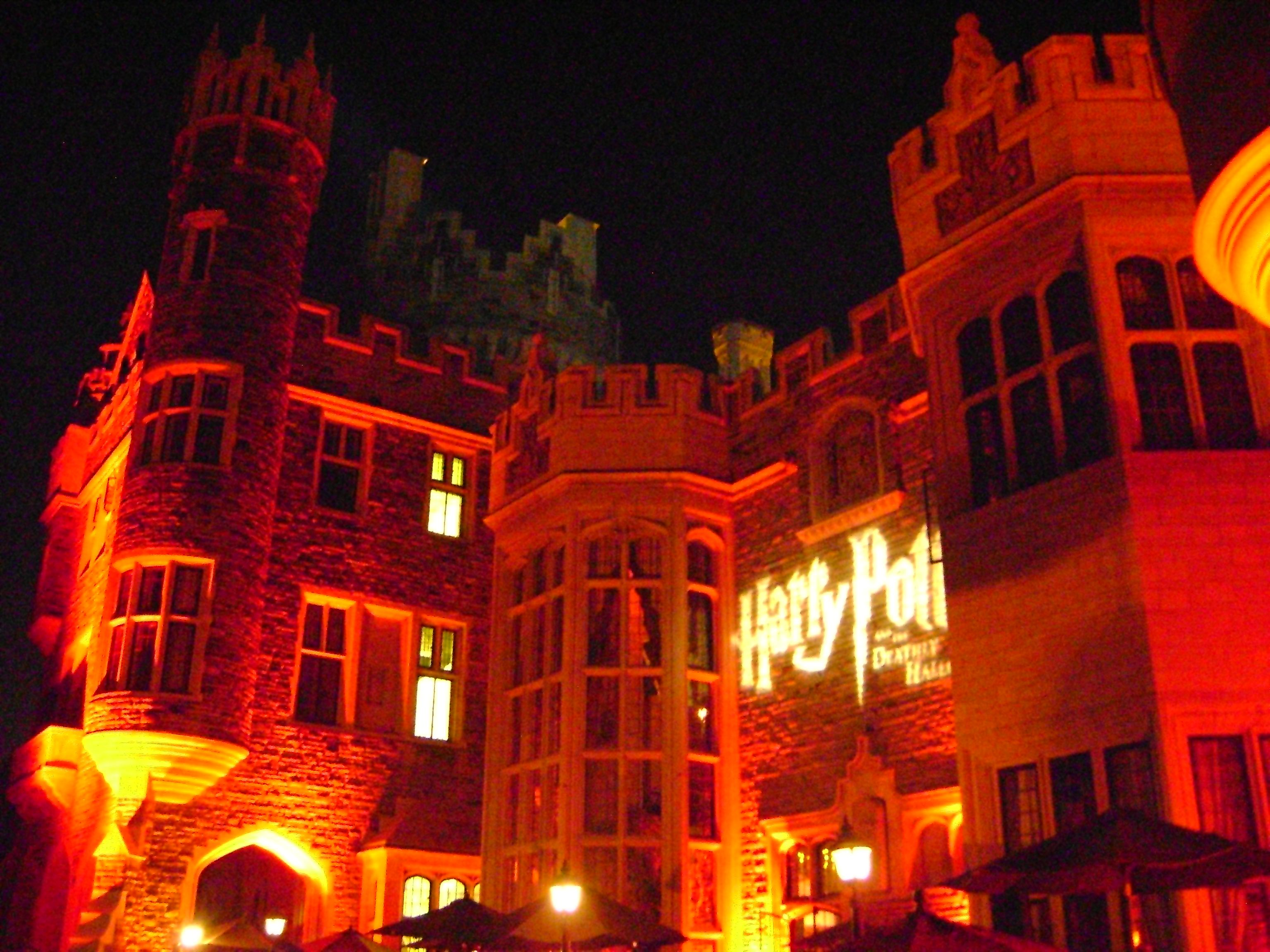 Casa Loma In Toronto All Done Up For The Harry Potter Dhp2 Premiere Which I Was Lucky Enough To