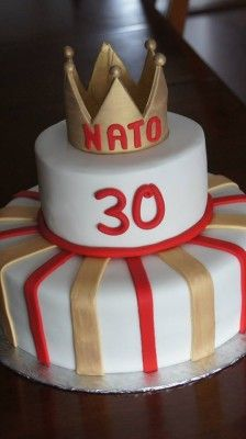 King Crown Cake Gold red and white See more Cake Ideas on