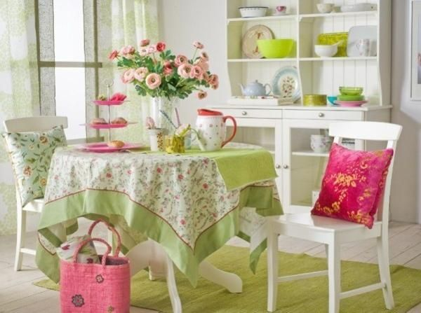 green and pink interior colors for spring decor