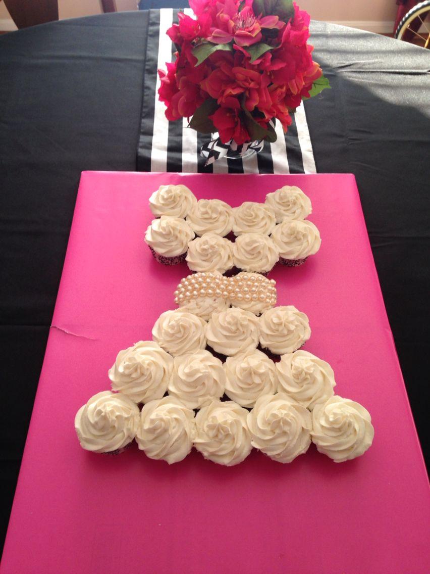 Bride dress cupcake cake