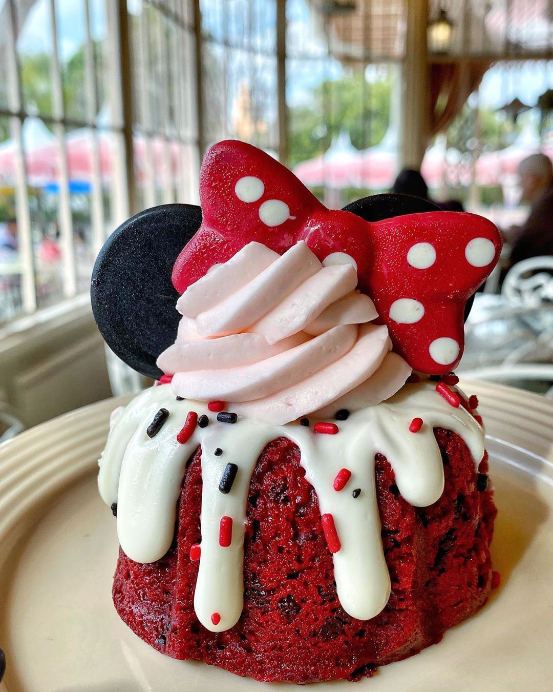 Love Is In The Air And I Have My Eyes And Stomach Set On This Adorable Minnie Mouse Red Velvet Bundt Cake In 2020 Disneyland Food Disney Themed Food Disney Desserts