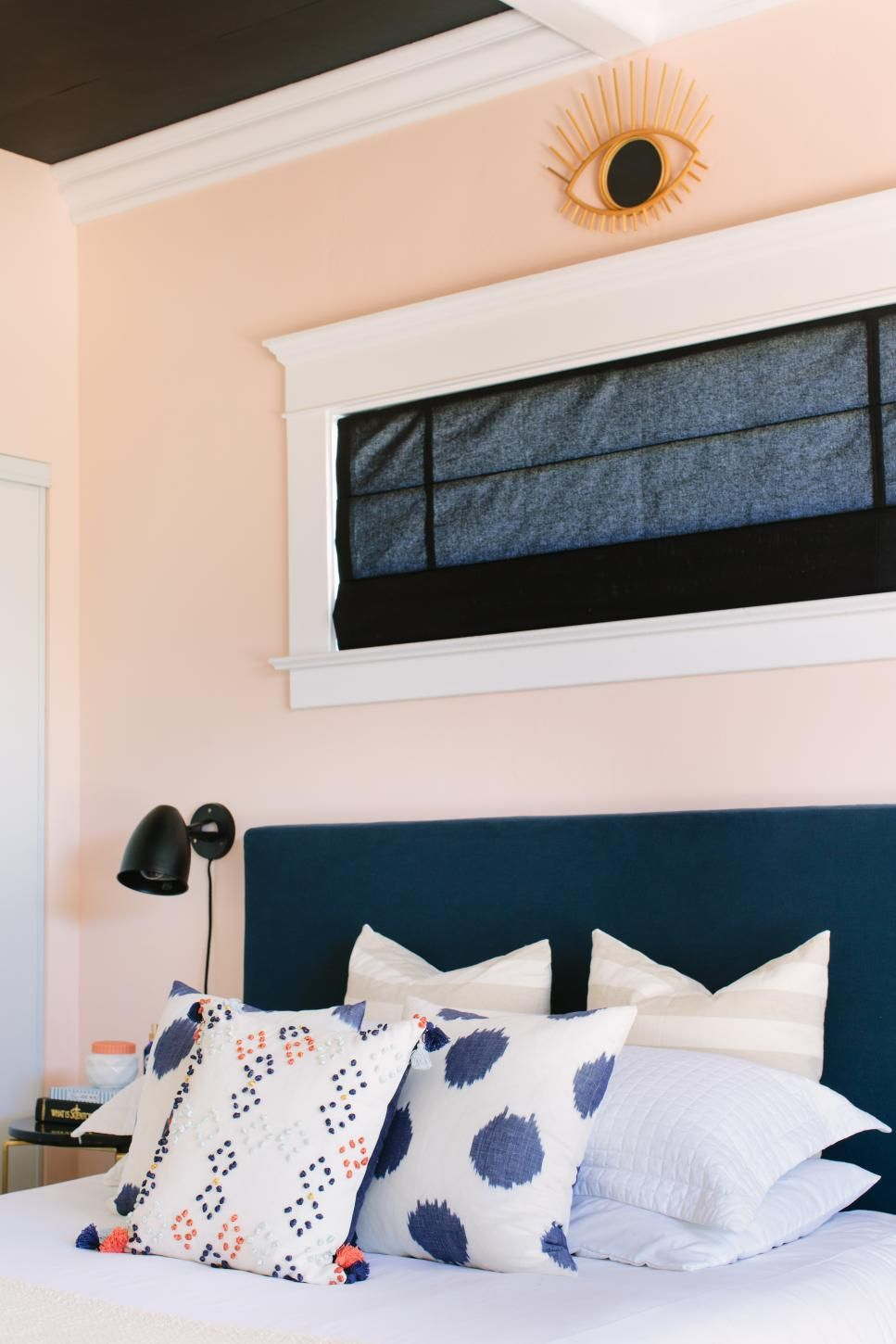 Bedroom With Blue Headboard And Wall Art Decor Peach Bedroom Bedroom Wall Colors Bedroom Inspirations