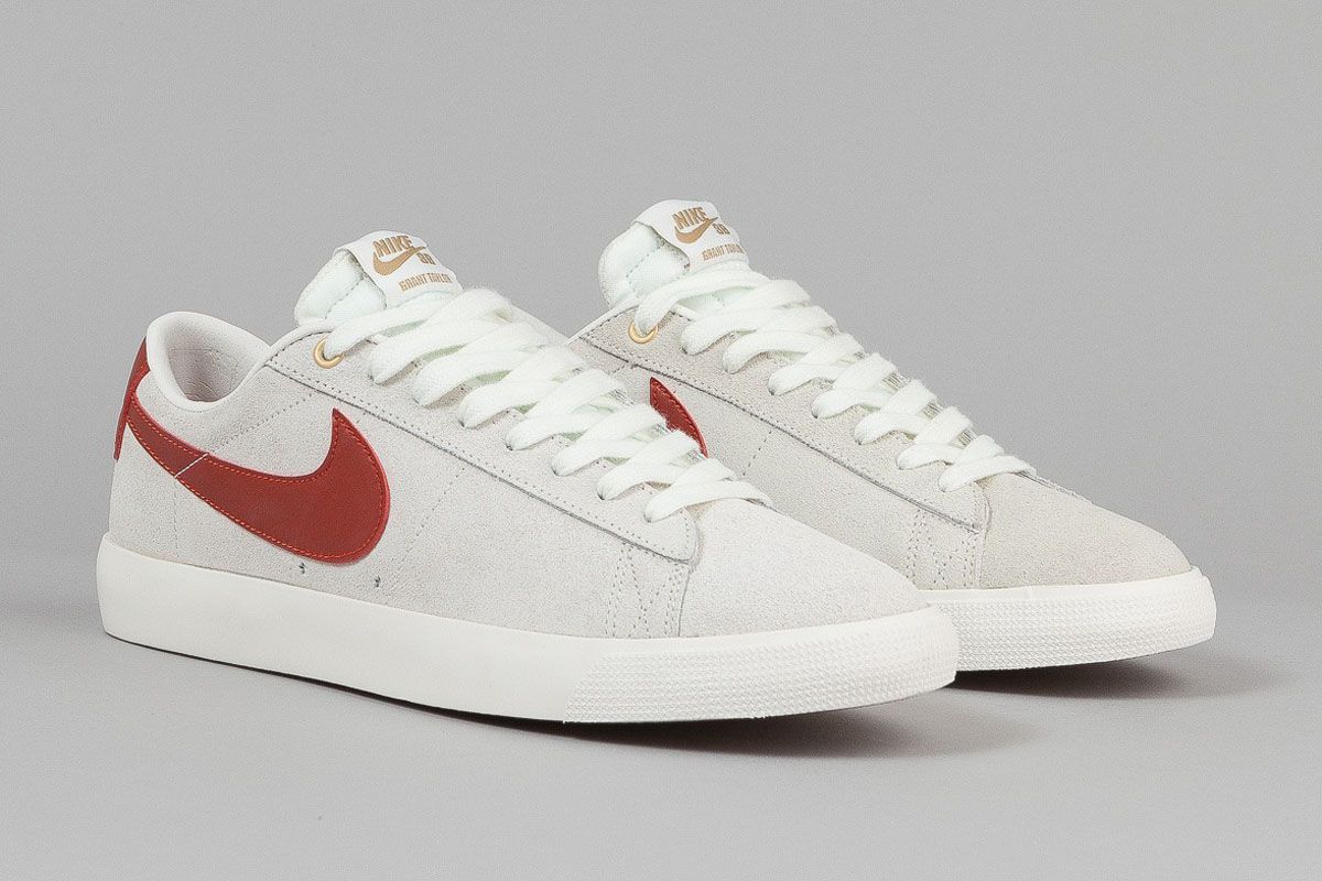 on sale 250ed d2091 Nike SB Blazer Low GT