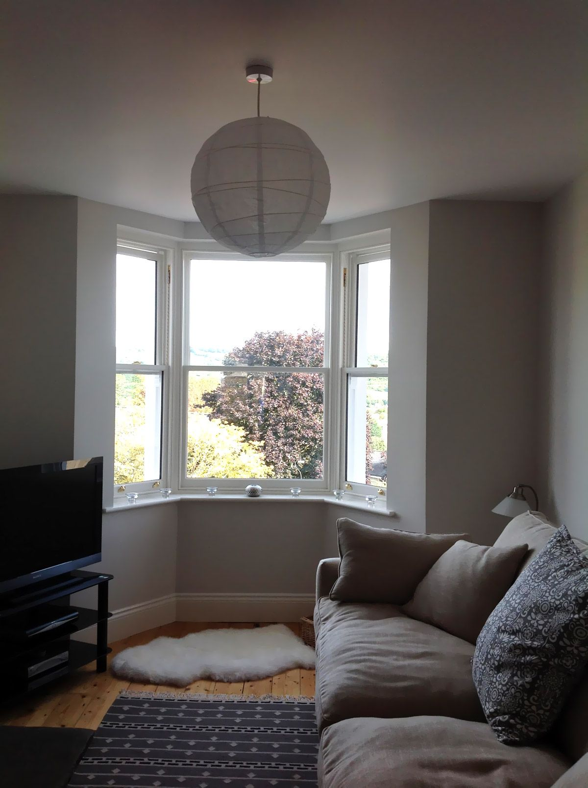 victorian terrace renovation - gorgeous bay window in the living