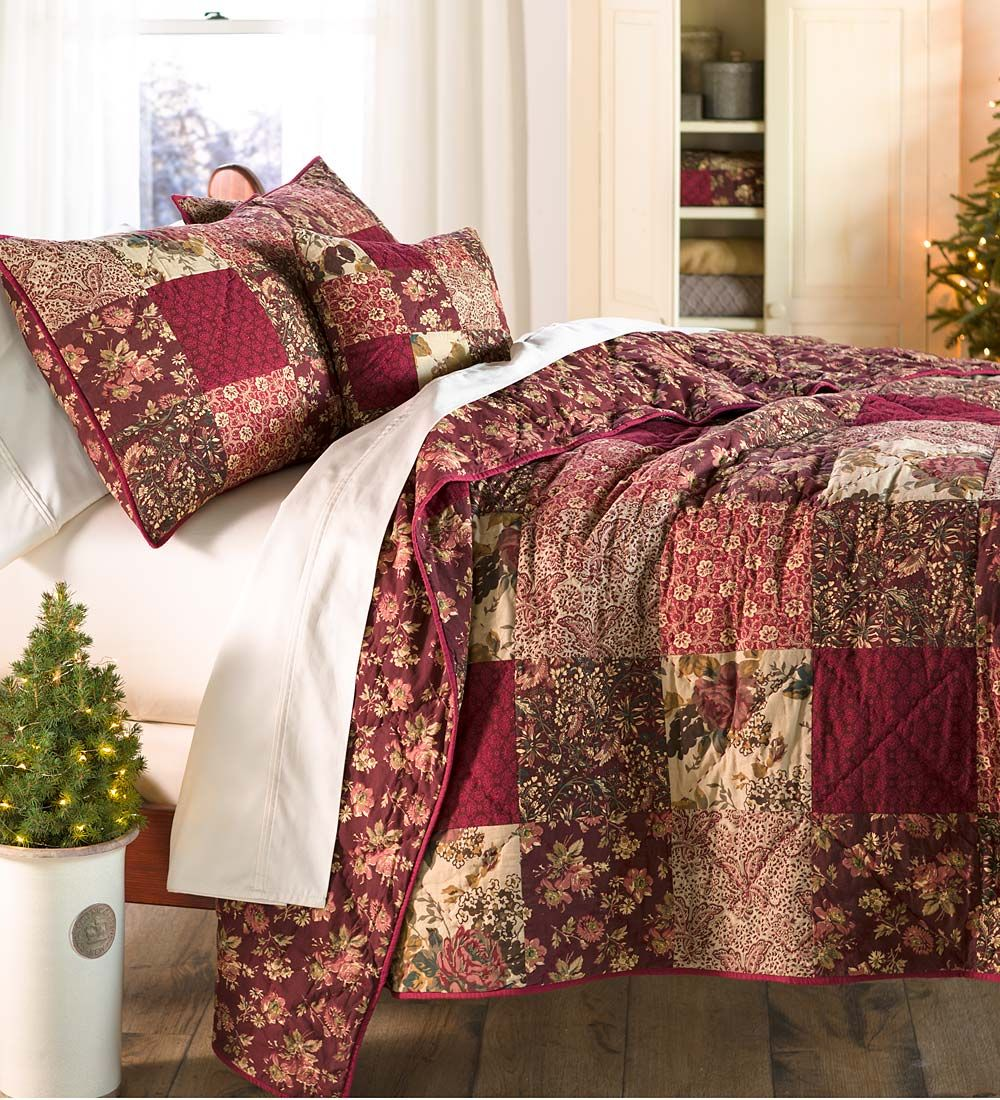 Patchwork bed sheets patterns - King Cranberry Floral Patchwork Quilt Set