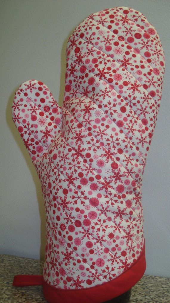Custom Order For Carol Oven Mitts Hearts And Snowflakes With