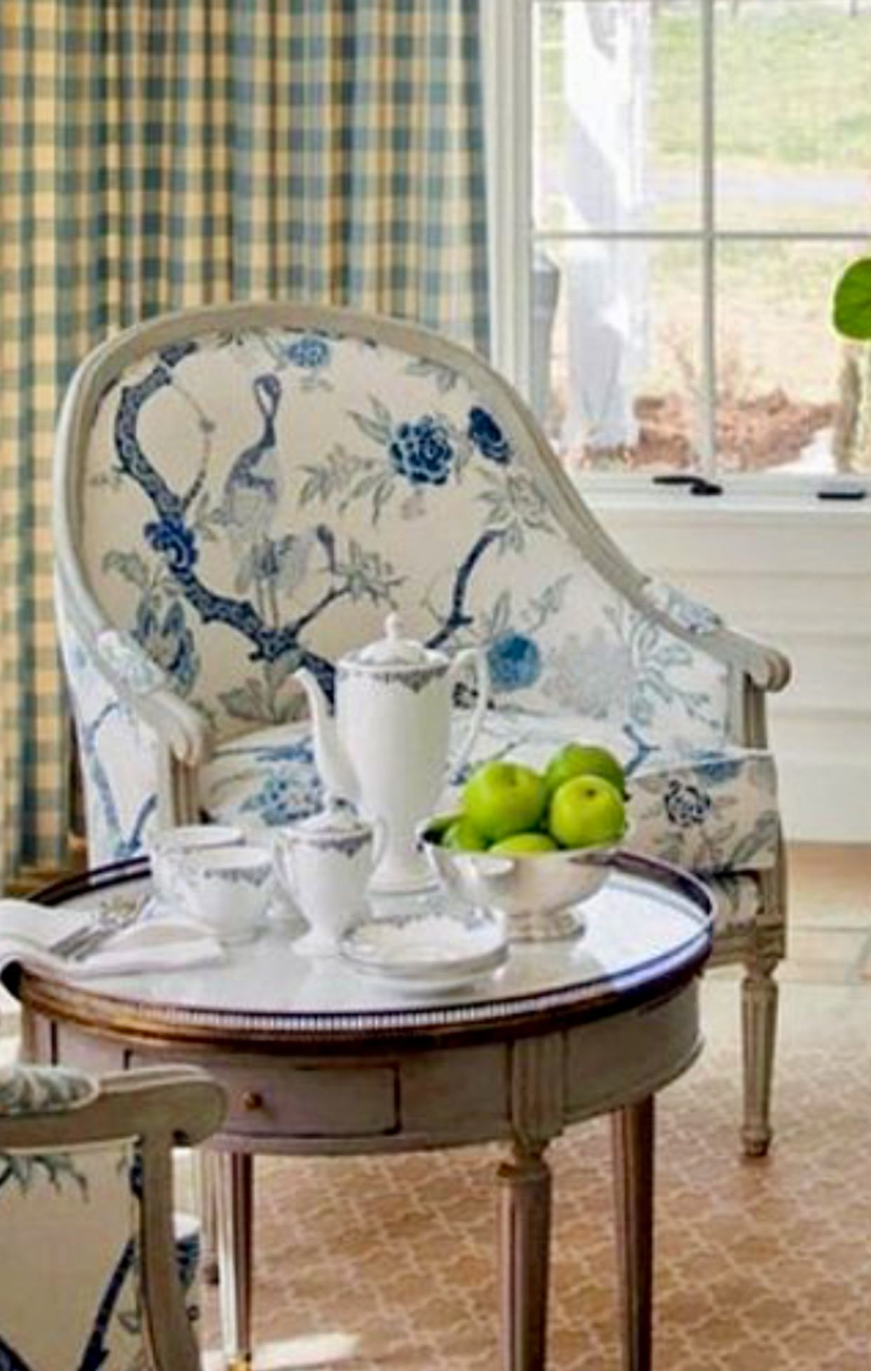 Blue and white, Louis chair, chinoiserie chair