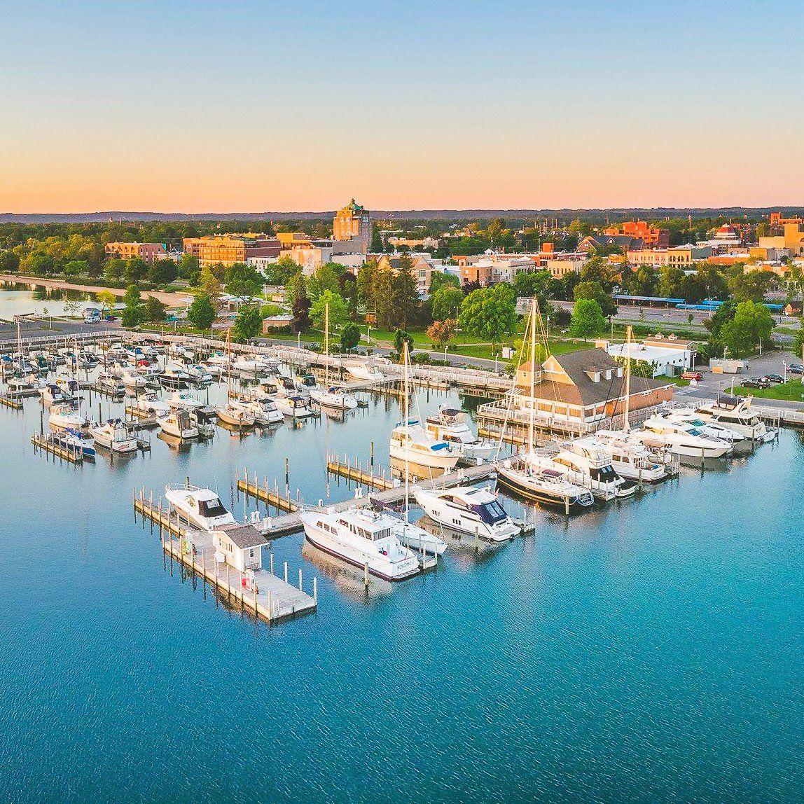 Weekend Getaway To Traverse City, Michigan: The Best ...