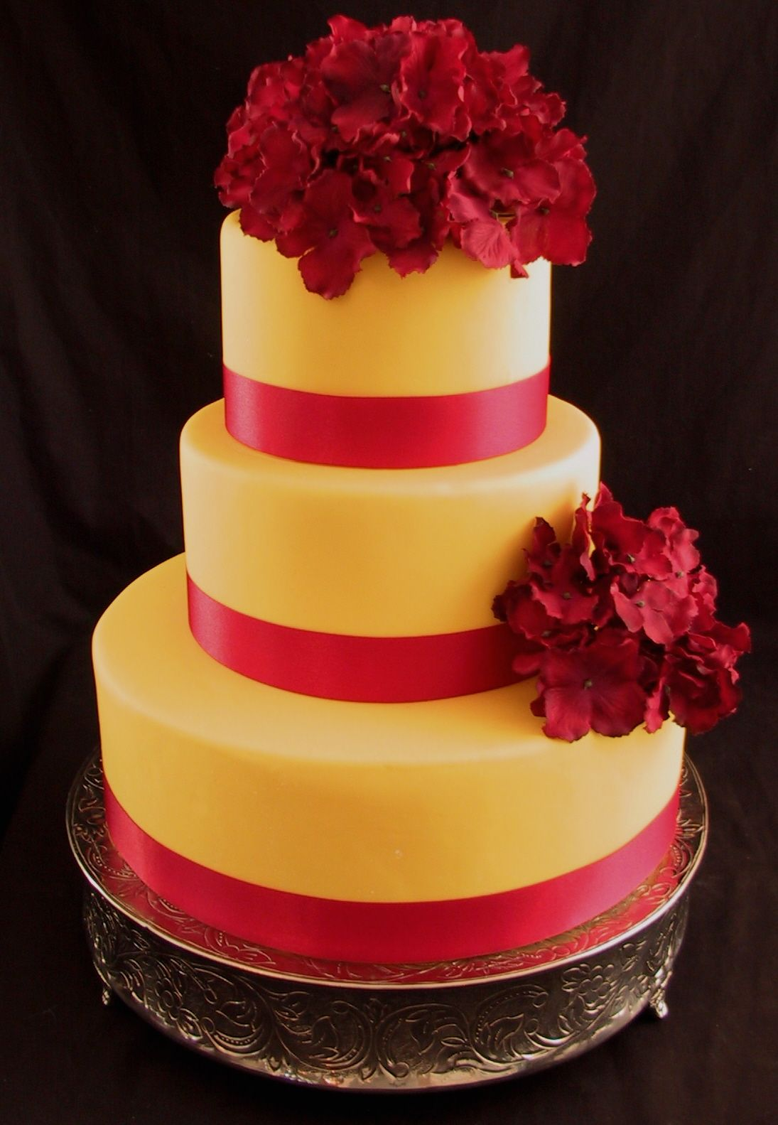 Red and Yellow Hydrangea Wedding Cake | Pinterest | Striped wedding ...
