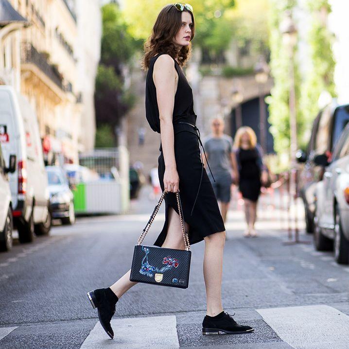 "Daniel Bruno Grandl on Instagram: ""Zlata • by #danielbrunograndl www.theurbanspotter.com @zlatamangafic #zlatamangafic #paris #streetstyle #streetfashion #fashion #style #mode seen by #theurbanspotter"""