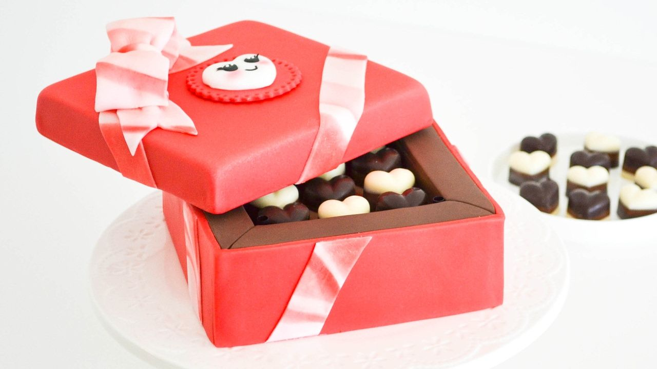 Caja de Bombones  San Valentin - Torta/ pastel decorado || Tan Dulce