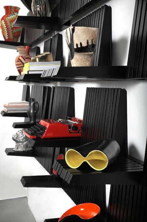 Piano shelf - side view
