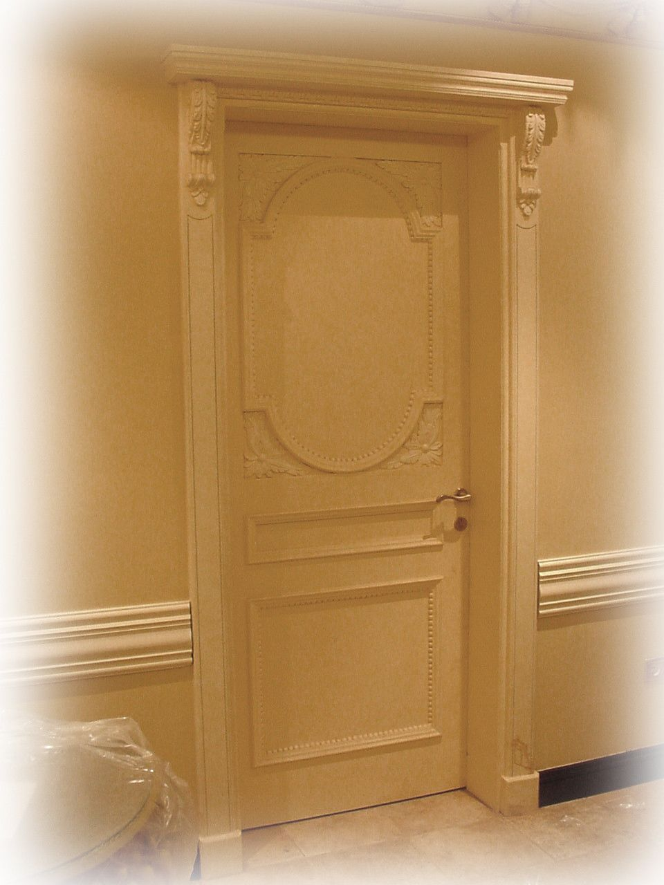 دهان ابواب داخلية دوكو Decor Home Decor Armoire