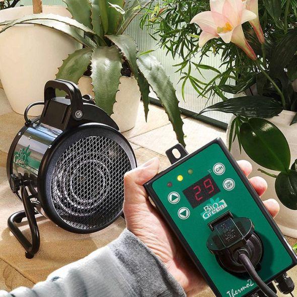 Chauffage Electrique Palma Pour Serre Jusqu A 12 M Avec Thermostat Numerique Biogreen Greenhouse Heaters Thermostat Digital