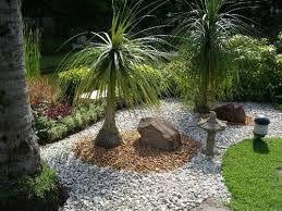 Jardines decorados con piedras buscar con google for Jardines decorados con piedras