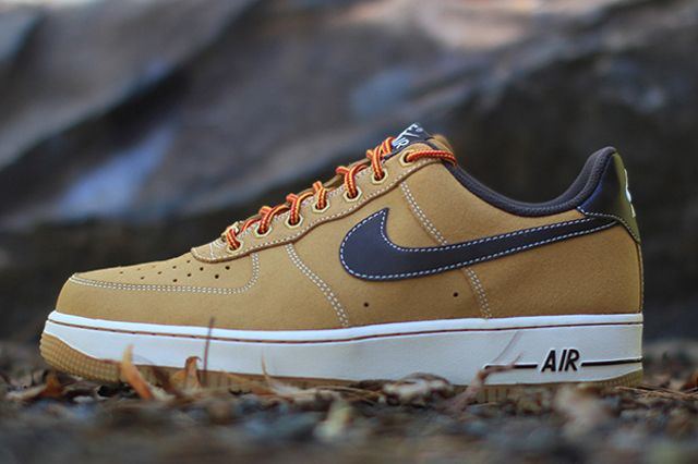 nike air force one supreme low timbs
