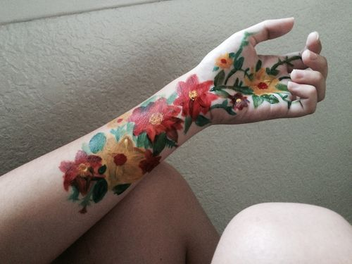Body Art Flowers Hand Painting Colors Creative Red Yellow Green Body Art Painting Body Art Body Painting