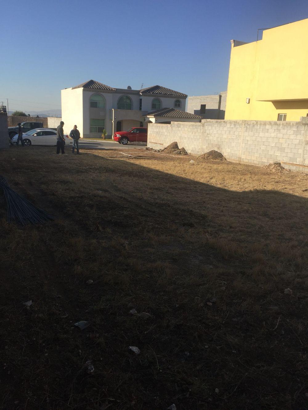 5 de febrero 2016 / empieza construcción  Checando desnivel