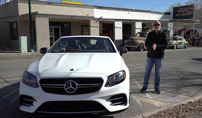 Las Vegas conduciendo el MercedesAMG E 53 Cabriolet https