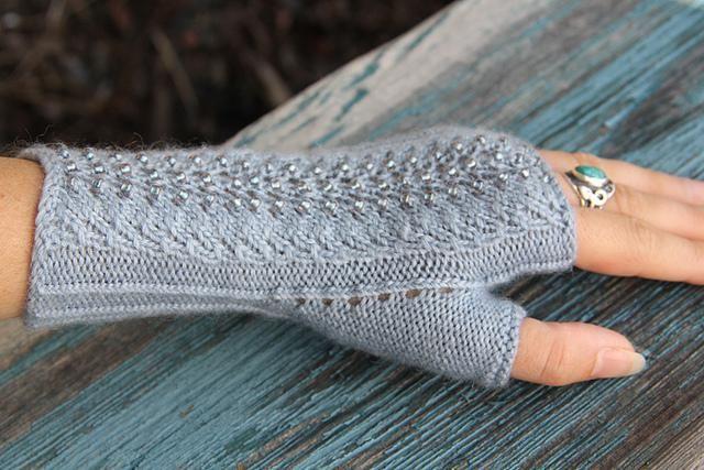 митенки спицами для начинающих перчатки вязание баварское